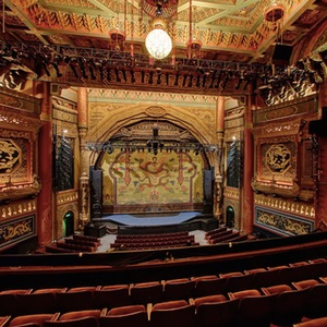 5th-Avenue-Theatre-concert-and-music-venue-is-located-near-downtown-Seattle,-Washington-Musical-Venue-Recommendation-Rentabususa.com.jpg