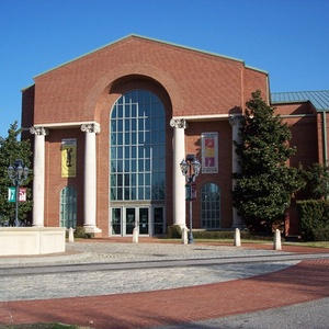 Augusta-Museum-of-History-Augusta-Georgia-Museums-and-Landmarks-Recommendation-Rentabususa.com.jpg