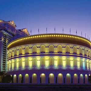 The-Colosseum-Caesars-Palace-Hotel-and-Resort-Las-Vegas-Nevada-Musical-Venue-Recommendation-Rentabususa.com.jpg